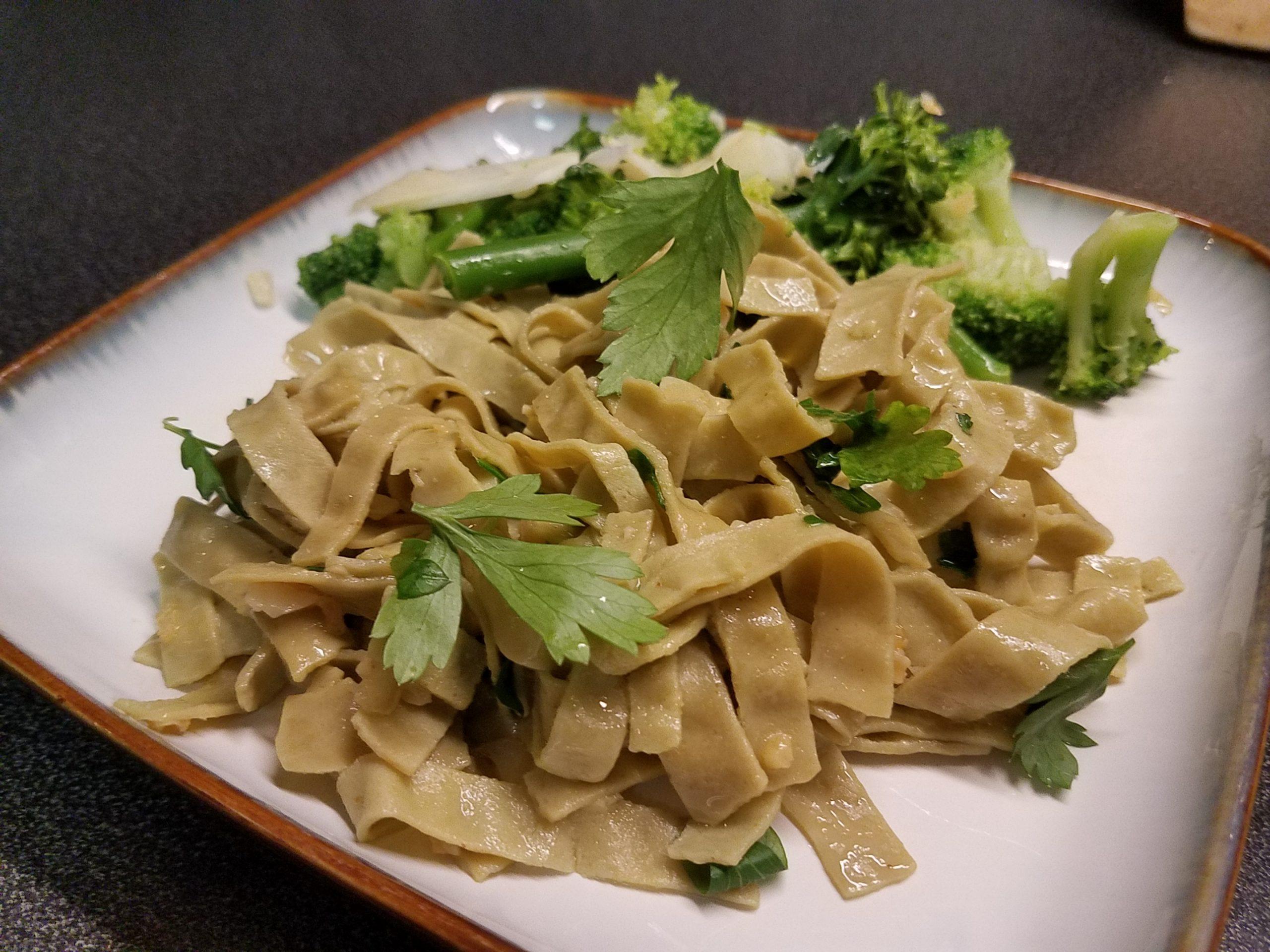 Garlic and Oil Un-Spaghetti